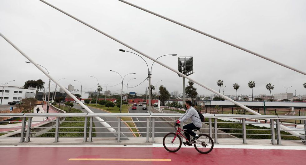 Este puente está ubicado sobre la Bajada de San Martín