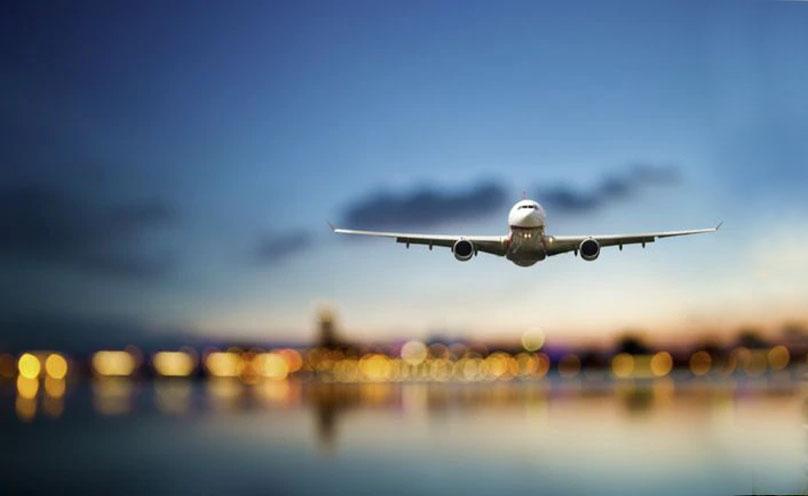 """""""A largo plazo, las líneas aéreas de la región no podrán sobrevivir en su forma actual solo operando vuelos domésticos"""", afirmó el representante de la IATA"""
