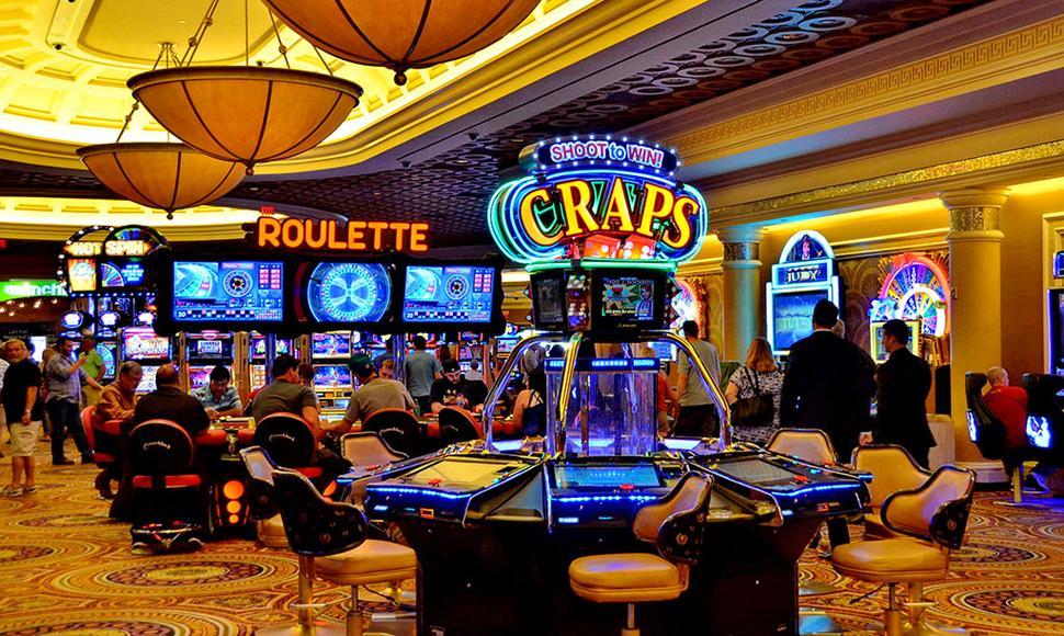 El rubro de casinos y tragamonedas mueve anualmente 1.000 millones de dólares y emplea a más 80 mil personas