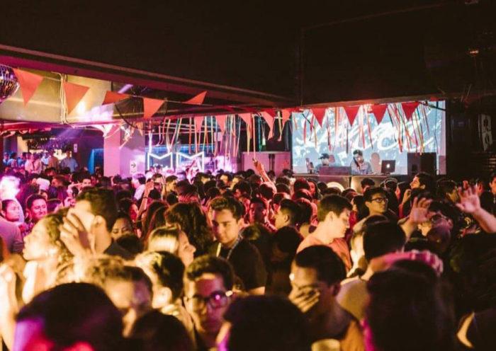 Bares y discotecas no podrían reabrir hasta setiembre