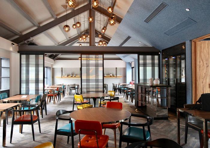 Desde el 20 de julio, losrestaurantes y servicios afines reiniciarán la atención en salón con aforo al 40 %