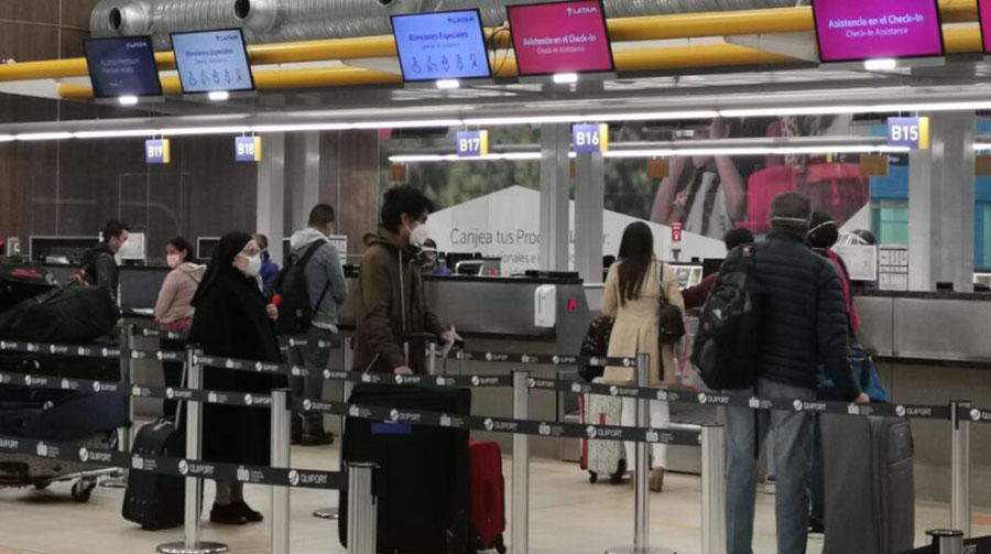 En total, el número de turistas internacionales cayó 65% durante la primera mitad del 2020, a causa de la pandemia
