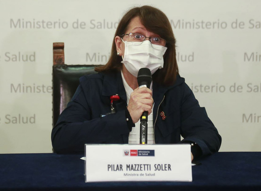 Restaurantes sólo deben atender en la parte externa, según ministra de Salud, Pilar Mazzetti