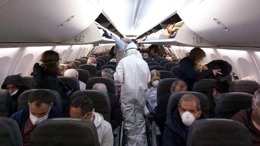 IATA: Las aerolíneas a nivel mundialno pueden darse el lujo de esperar a que la ciencia desarrolle una vacunapara enfrentar al covid-19.