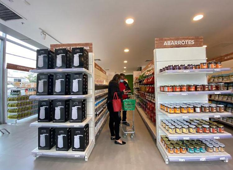 Nace el primer supermarket libre de octógonos en el Perú
