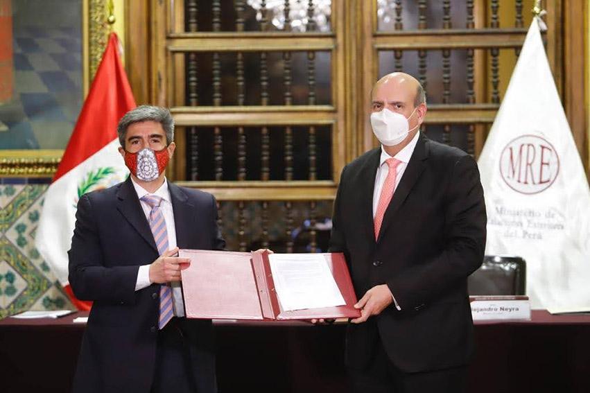 Ministerio de Cultura recibió un lote de bienes culturales recuperados en diversos países, que son parte del Patrimonio Cultural de la Nación
