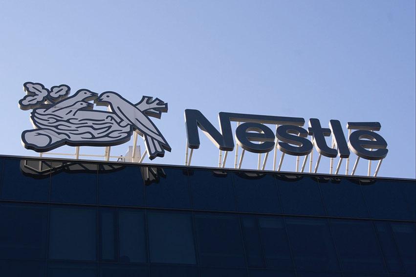 Nestléha aumentado al 87% la proporción de empaques reutilizables de sus productos, avanzando hacia su meta de llegar al 100%,