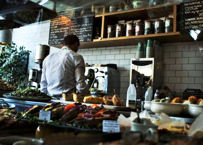 En esta nueva normalidad, ha crecido el interés de las marcas por participar en formatos como las cocinas ocultas para la venta a domicilio.