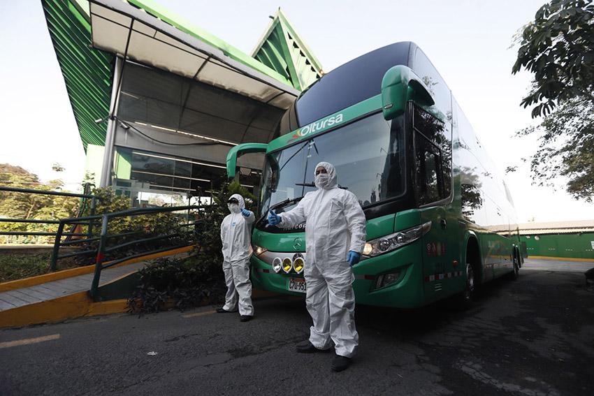El transporte interprovincial aún está operando alrededor del 20% de los niveles prepandemia y con una ocupabilidad del 60%,