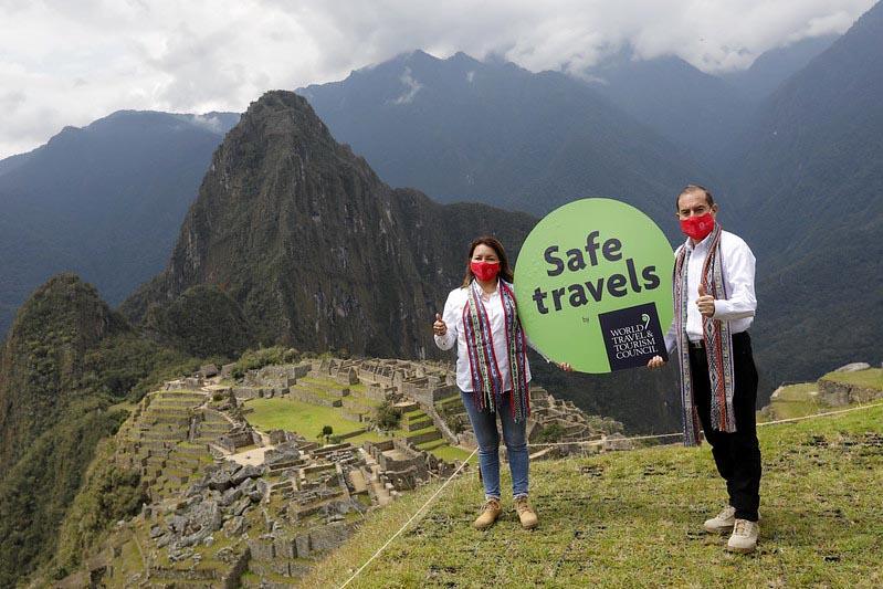 """Perú recibió del Consejo Mundial de Viajes y Turismo (WTTC) el Sello """"Safe Travel's"""", el primero de seguridad e higiene del mundo, en turismo"""