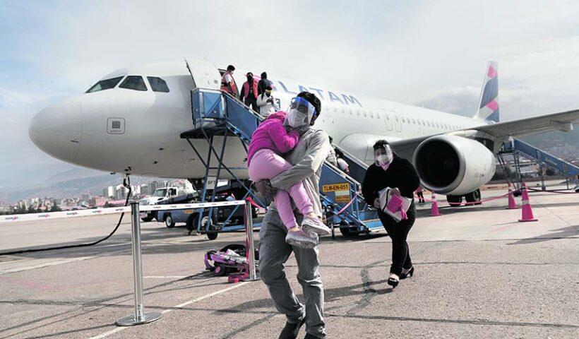 El MTC señaló que a partir de hoy lunes 05 de octubre ya se pueden realizar vuelos nacionales de pasajeros a casi todo el país.