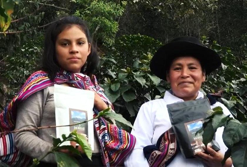 Hilda Leguía ha sido reconocida como la agricultora que produce el mejor café del país, según el concurso Taza de Excelencia Perú 2020,