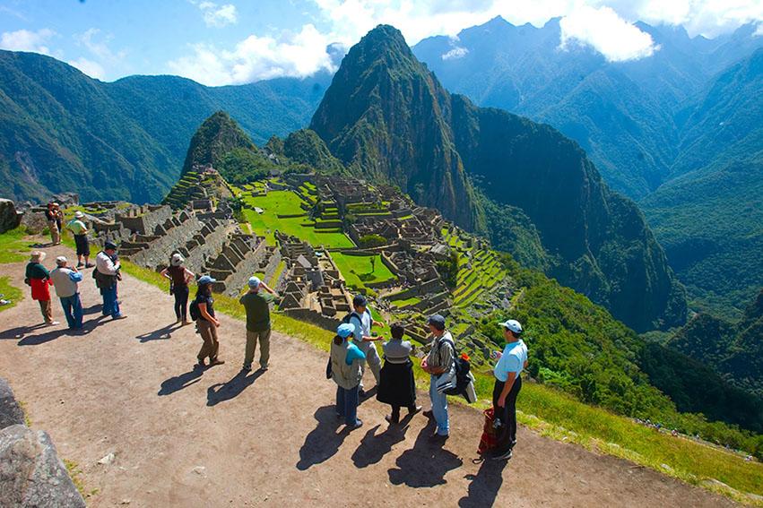 Ministro de Cultura anunció el ingreso gratuito a Machu Picchu hasta diciembre