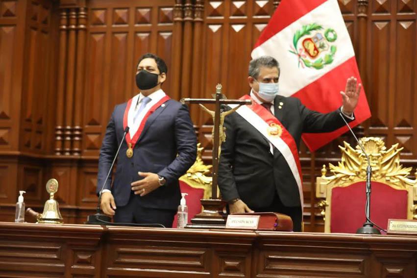 Manuel Merino es el nuevo presidente del Perú