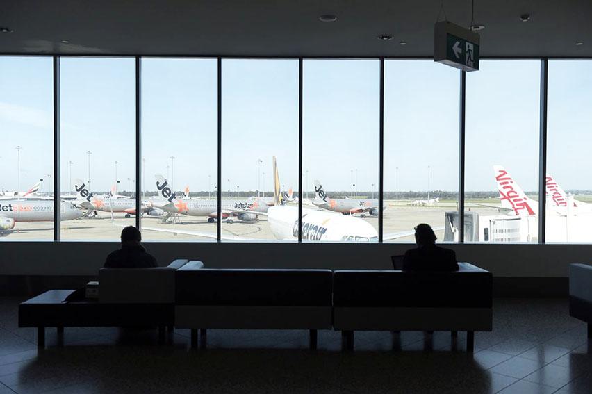 Las restricciones de viaje es la principal barrera para la recuperación del turismo internacional,