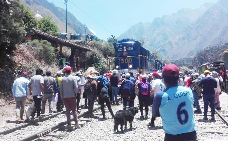 El pedido lo hizo el gobernador Benavente por incremento de tarifas para turistas nacionales por parte de las empresas PeruRail e IncaRail