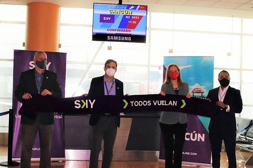 Aky inaugura vuelos Lima - Cancún