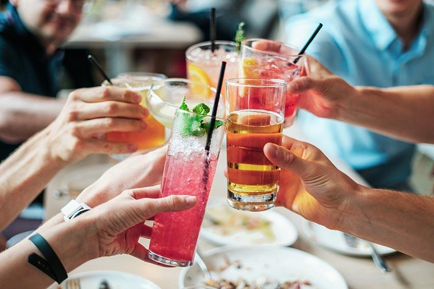 nace Destiladores Unidos del Perú, una coalición conformada por las multinacionales de bebidas espirituosas Campari, Diageo y Pernod Ricard.