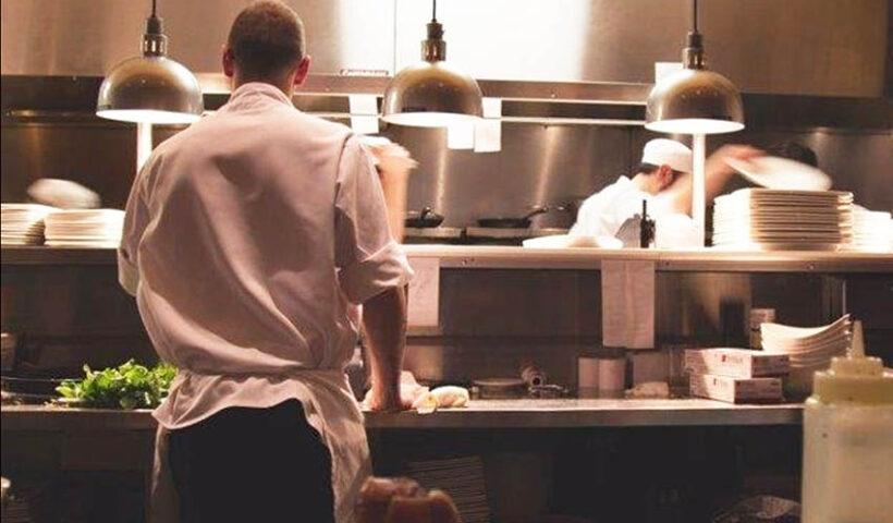 Lo que viene para el 2021 es el impulso de dos formatos: las dark kitchens y las cocinas satélites.