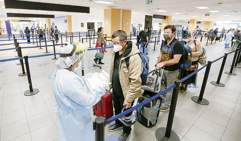 pruebas covid en el aeropuerto