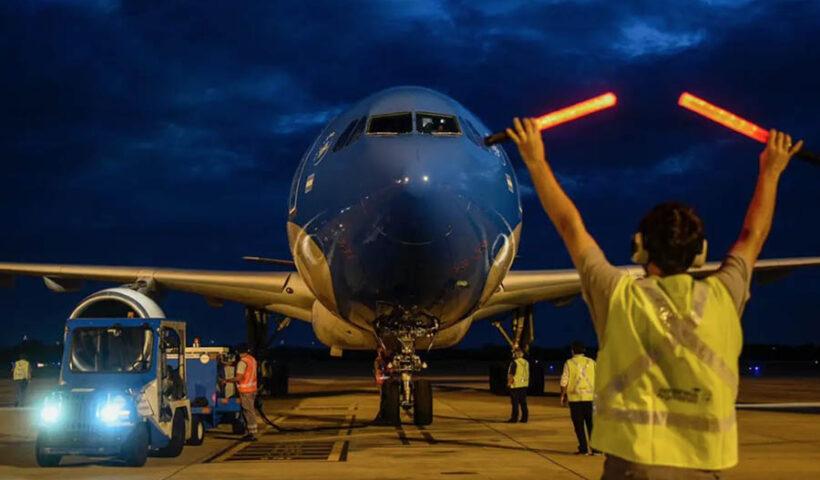 Gobierno extiende suspensión de vuelos procedentes de Reino Unido, Sudáfrica y Brasil