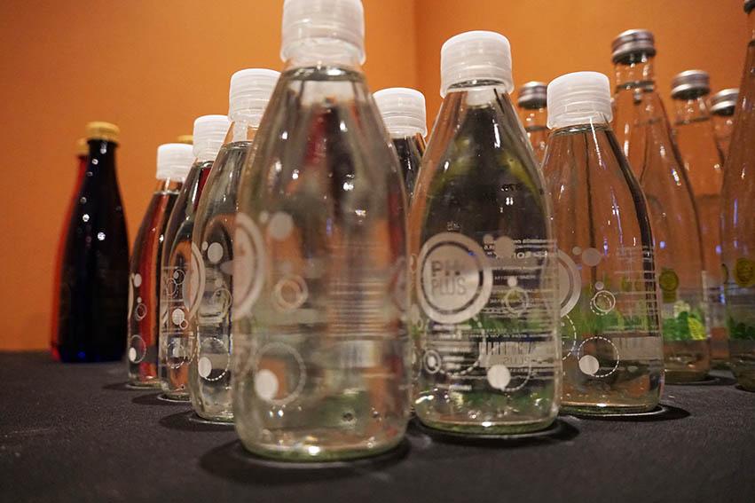 Hilton lanza el primer Menú de Aguas 100% colombiano