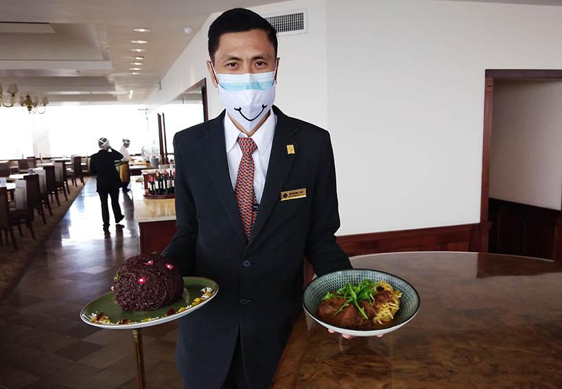 Maximo Siu, jefe de alimentos y bebidas del Hotel Estelar de Miraflores